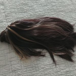 Female long hair wig with bangs, highlights